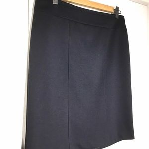 Laura navy lined pencil skirt - Size 6